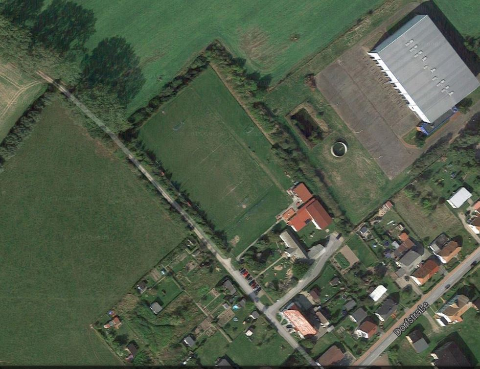 2015-06-10 Sportplatz Reinshagen